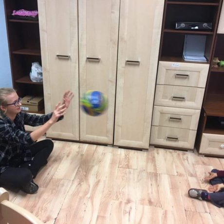 Młodzieżowy wolontariat w Domu Dziecka