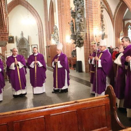 2. rocznica śmierci pierwszego Biskupa Legnickiego Tadeusza Rybaka