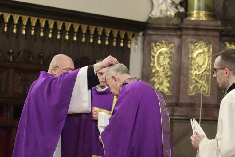 Początek Wielkiego Postu w katedrze legnickiej