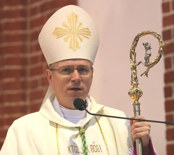 Biskup Andrzej Siemieniewski nowym biskupem legnickim